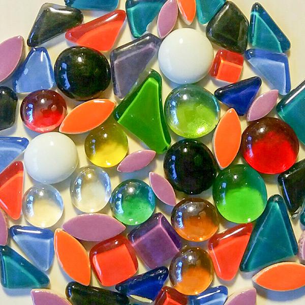 Soft Glass, lasi-nugetteja ja keramiikkalehdet